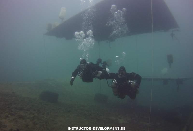 PADI IDC unterwasser